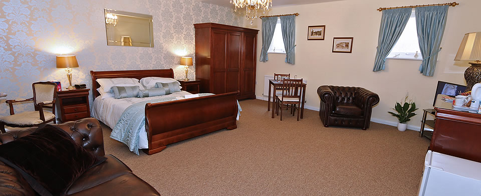 Serviced Suites with Breakfast on the sea front in Minehead